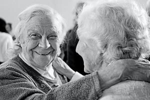 Astuce n°7 : Appeler un ami et discuter pour maintenir le lien social